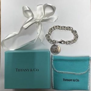 Authentic TIFFANY and Co. Circle Tag Bracelet